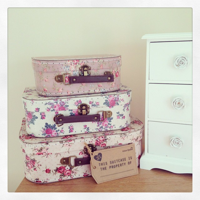 Reduced Set Of 3 Vintage Rose Floral Suitcases