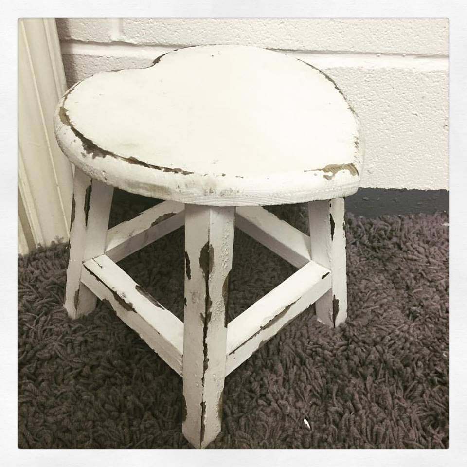 small shabby chic french vintage distressed white wooden heart stool table. Black Bedroom Furniture Sets. Home Design Ideas