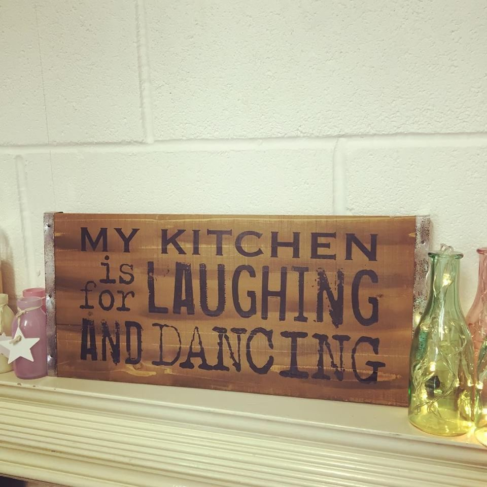 Vintage Wooden Large Rustic Pallet Sign My Kitchen Is For Laughing And Dancing