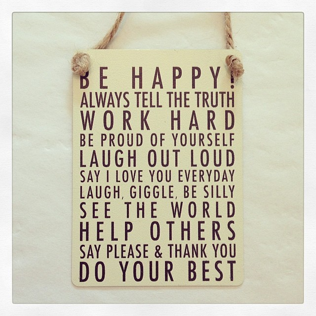 50% OFF Mini Hanging Metal Sign- Be Happy