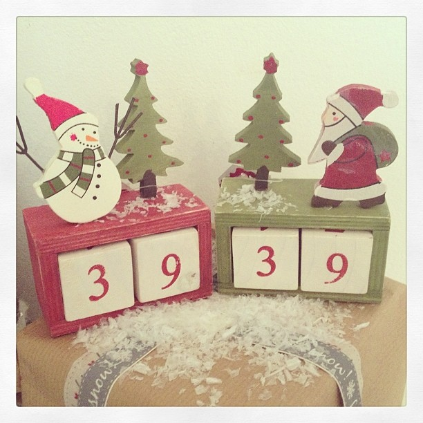 Rustic Vintage Santa & Snowman Advent Block