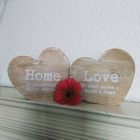 Rustic wooden heart slogan decorations for Wooden heart wall decor